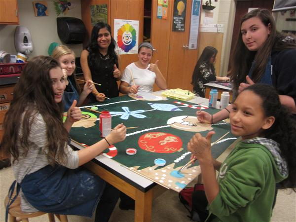 Earnhardt, Lori / WIN Art Group Paints Giant Christmas Cards for ...